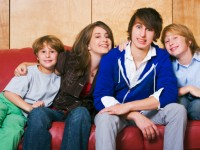 Top 5 Youngest Sibling Universals
