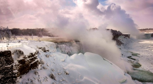 Niagara Falls Freezes As Extreme Winter Weather Continues