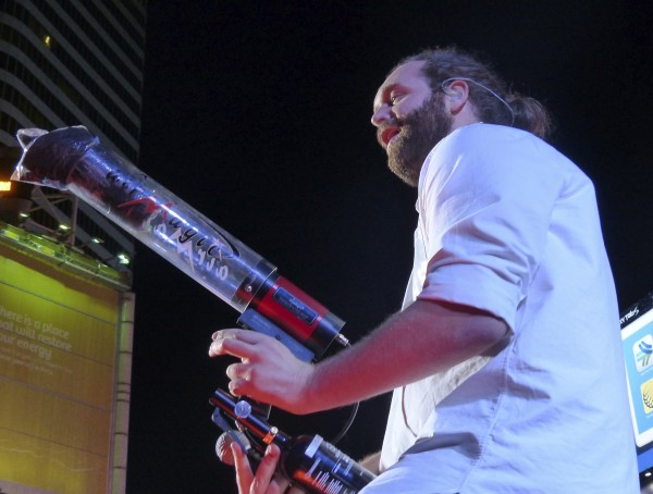 Harley of Epic Meal Time shoots tshirts into the audience