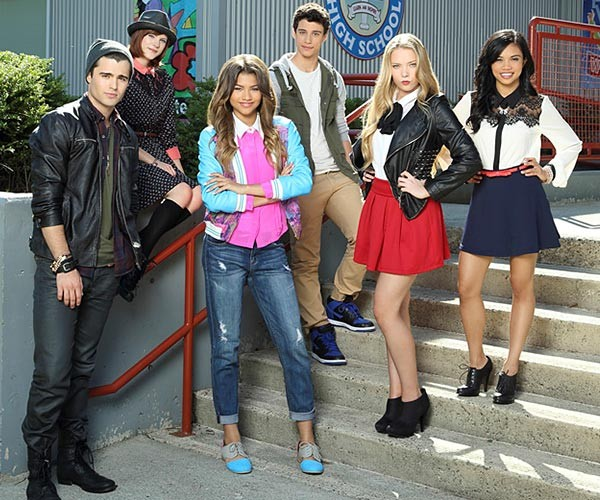Dancing queen zendaya takes control with new movie zapped
