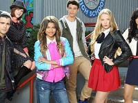 """Dancing Queen Zendaya Takes Control With New Movie """"Zapped"""""""