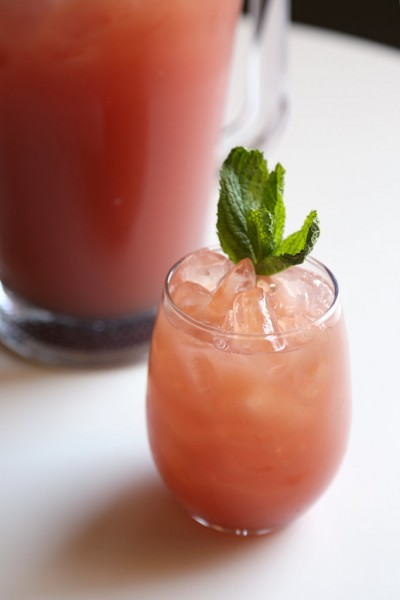 Easy-Watermelon-Lemonade-Recipe