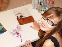 Creative Teen Creates iTunes App For Manga Art: PaigeeDraw