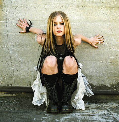 Avril Lavigne Photos - Summer