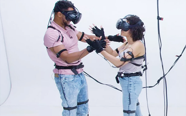 first date ideas - Virtual reality